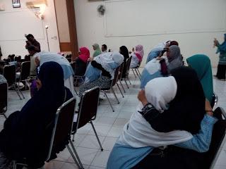 Menghadapi UN, Siswa-Siswi Ikut Training Motivasi